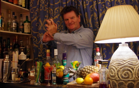 Chris Cogan - Cocktail barman available in Sussex, Kent, Surrey, London, Essex and other areas of UK